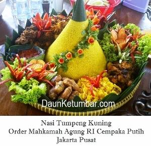 Pesanan Catering Nasi Tumpeng Kuning di Jakarta Pusat
